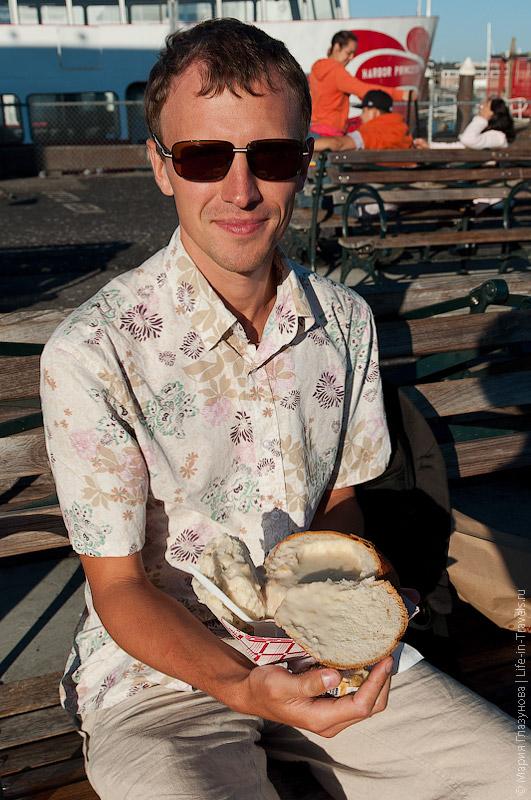 Крабовая похлёбка в хлебе