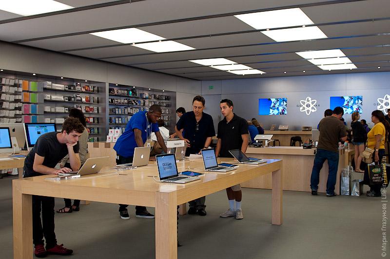 Магазин Apple в Санта-Барбаре