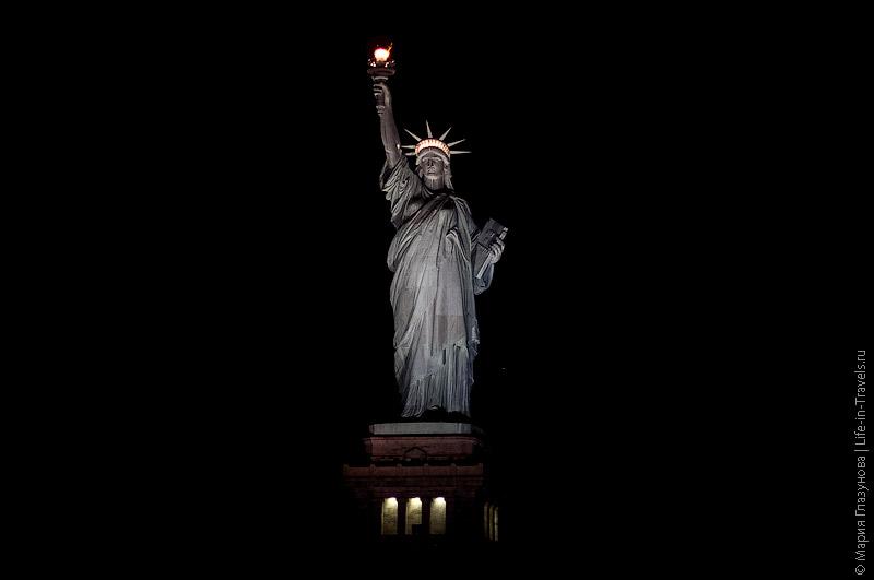 Статуя Свободы в Нью-Йороке