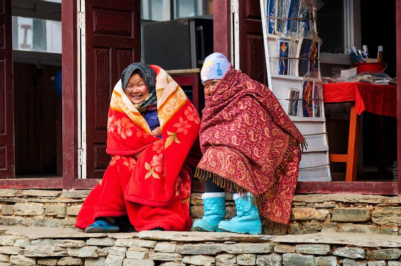 Непальские старушки