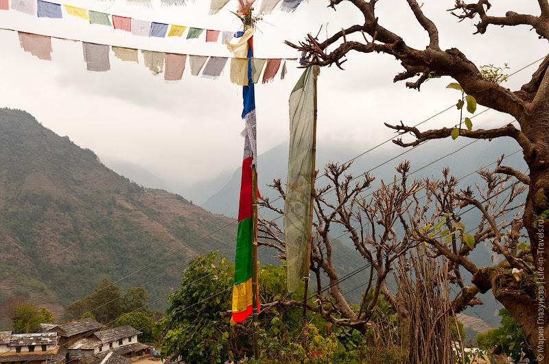 Пасмурный Непал