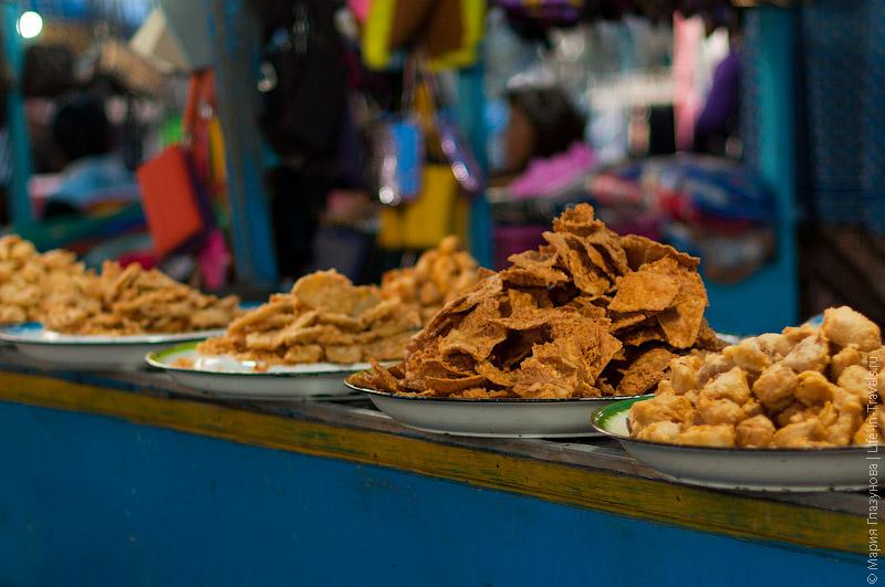 Ночной базар в Гианьяре
