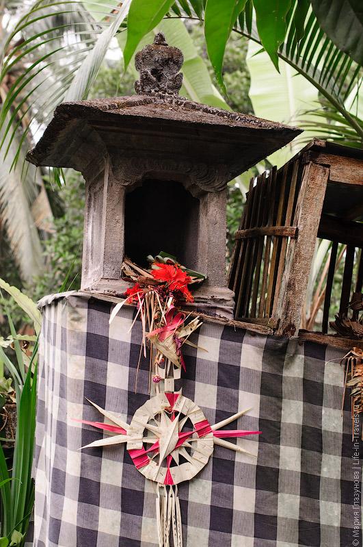 Алтарь в Балийском доме
