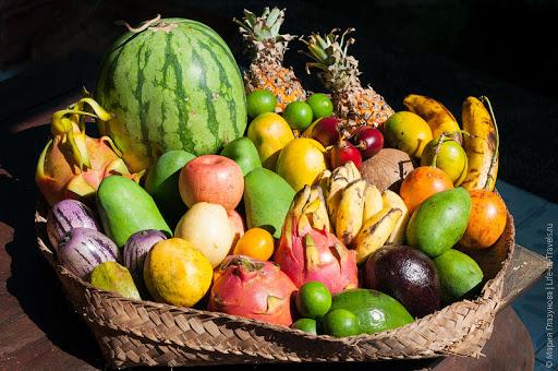 Тропические фрукты
