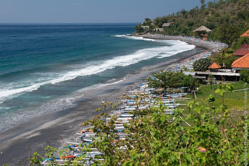 Пляж Амед, Бали