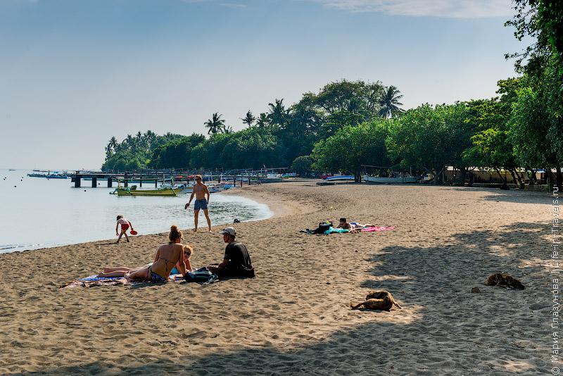 Пляж Ловина (Livina Beach), Бали