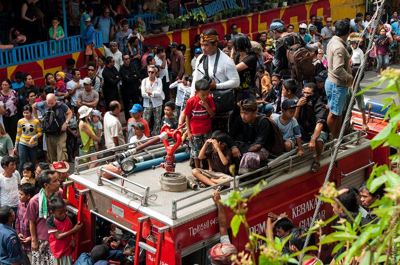 Пункт наблюдения на пожарной машине