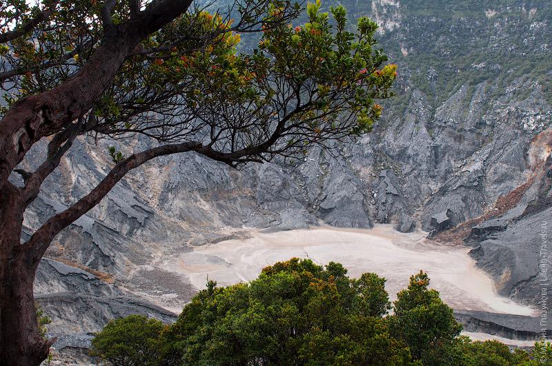 Вулкан Тангкубан Пераху, Бандунг