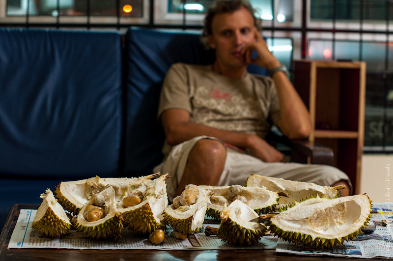 Обжорство дурианами