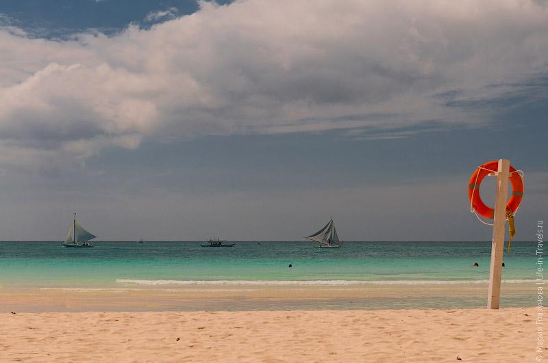 Белый пляж Боракая