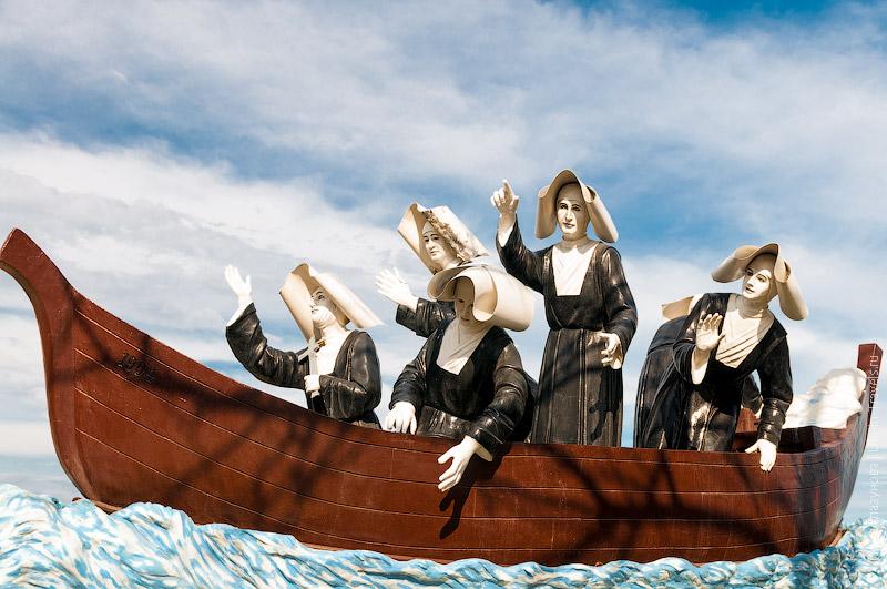 Памятник монахиням