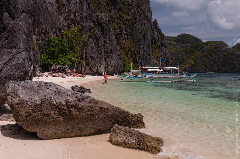 Пляж на острове Мантилок