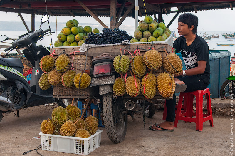 Фрукты на Бали
