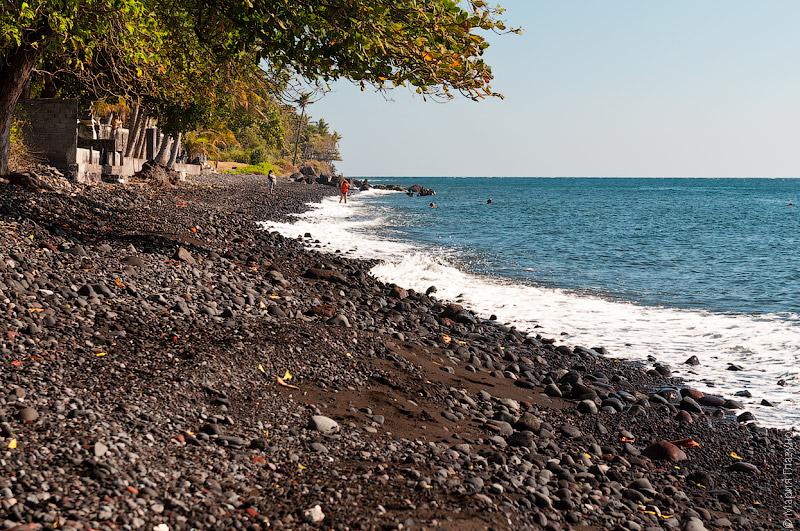 Пляж в Туламбене