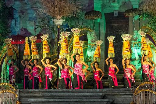 Фестиваль еды, кофе и моды на Бали