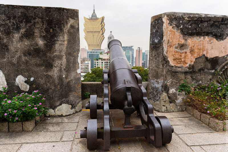 Пушка в крепости
