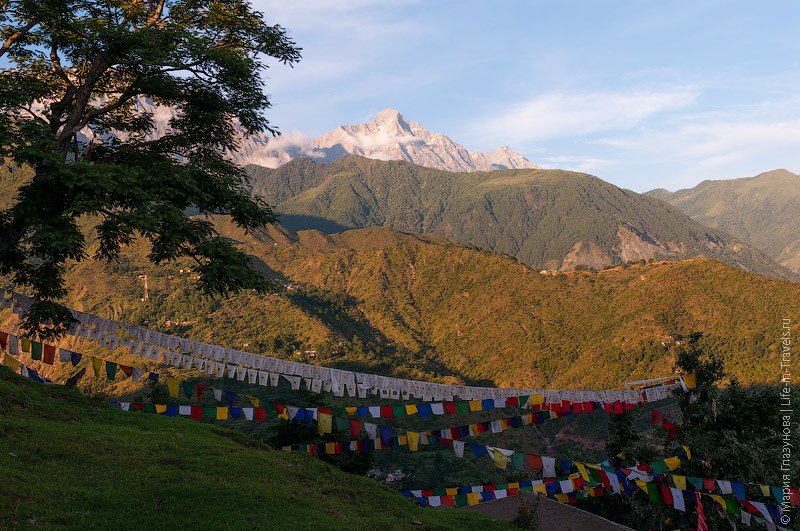 Виды на Гималаи
