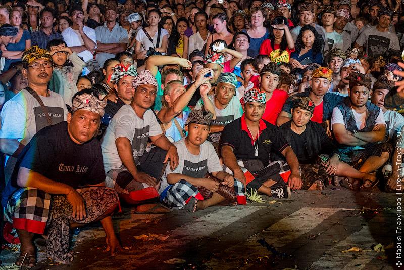 Парад Ого-Ого на Бали