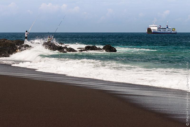 Бали Паданг Бай, Kusamba Beach