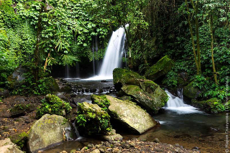 Водопад Air Terjun «Yeh Hoo»