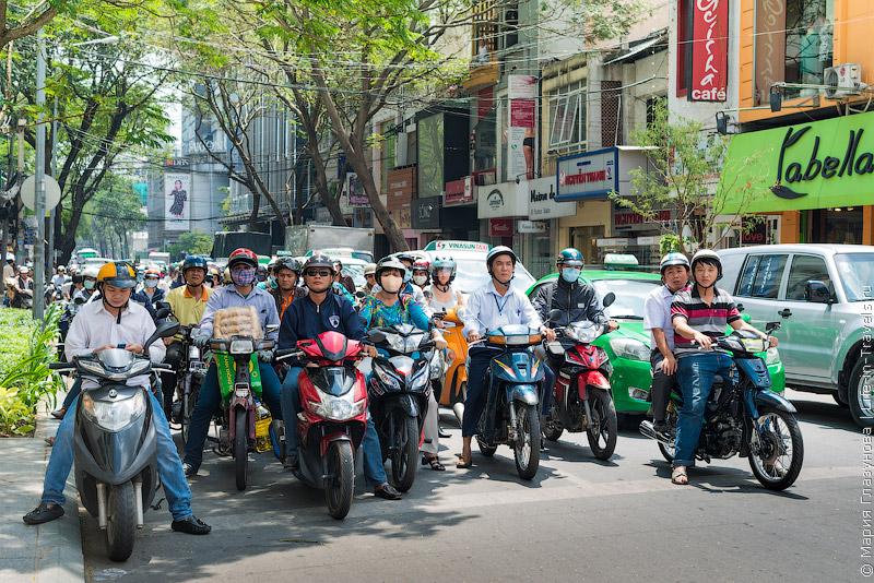 Мотобайки во Вьетнаме.jpg