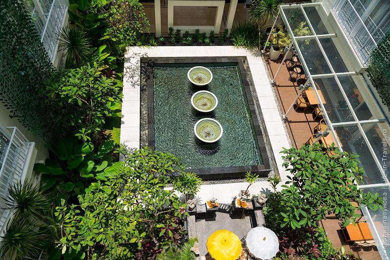 Отель Holiday Inn Express Bali Raya Kuta, Бали