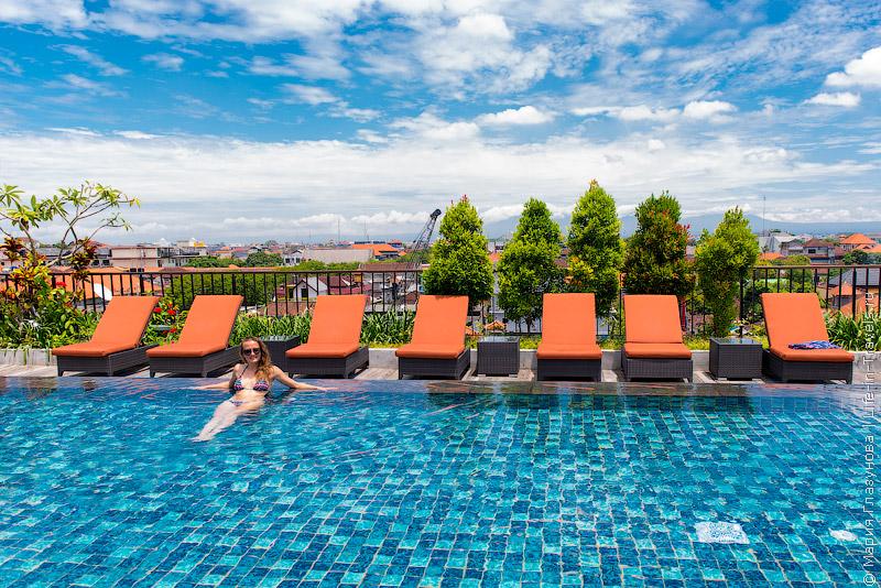 Отель Sun Island Legian, Бали