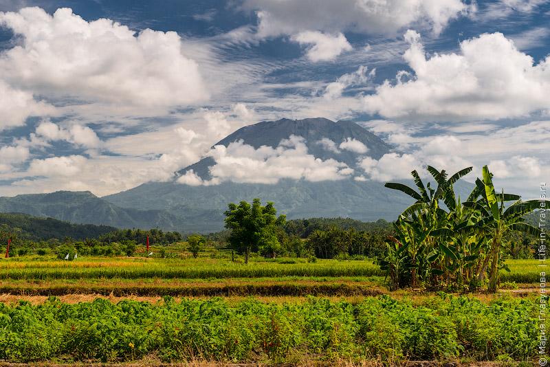 Агунг, вид из Чандидасы, Бали