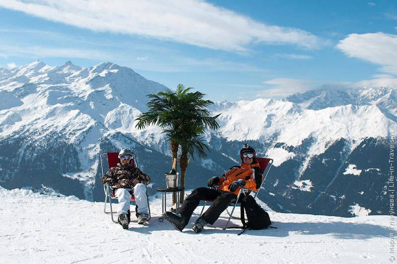 В Альпах под пальмой