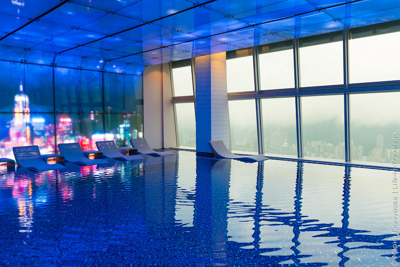 The Ritz-Carlton, Hong Kong 5*  – самый высокий отель в мире