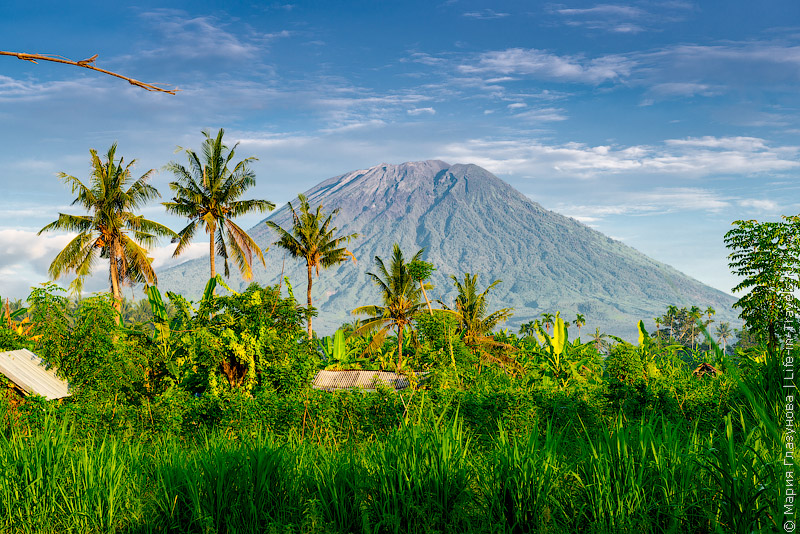 Вулкан Агунг, Бали