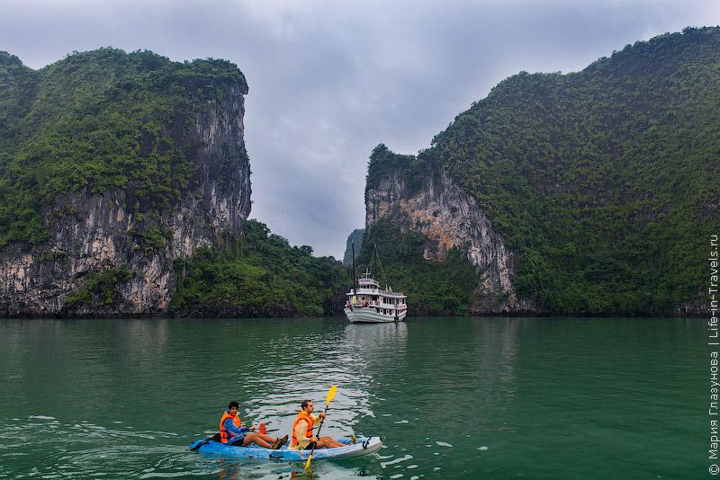 Бухта Халонг, Вьетнам (Halong Bay)