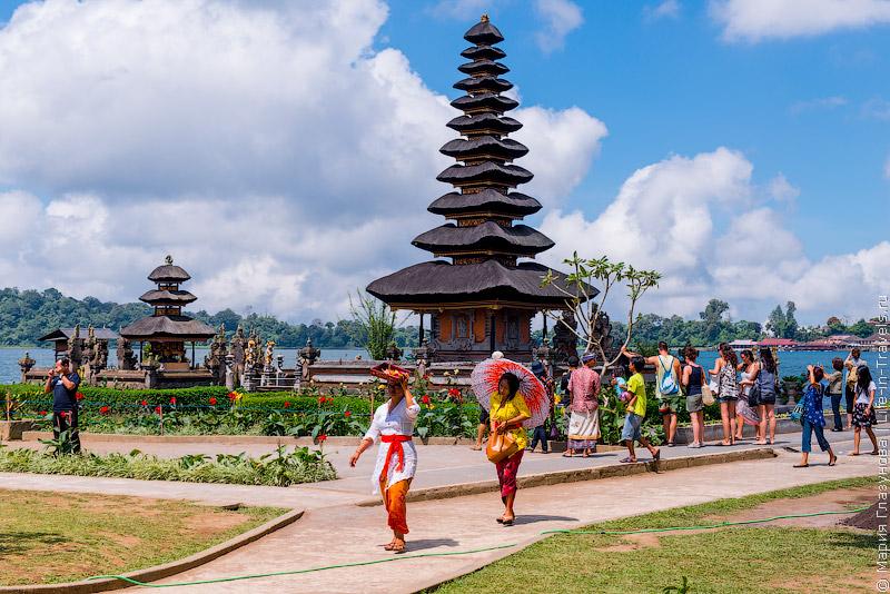 Пура Улун Дану, Бали