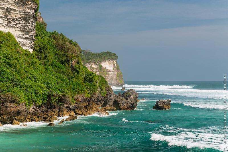 Пляж Улувату, Бали