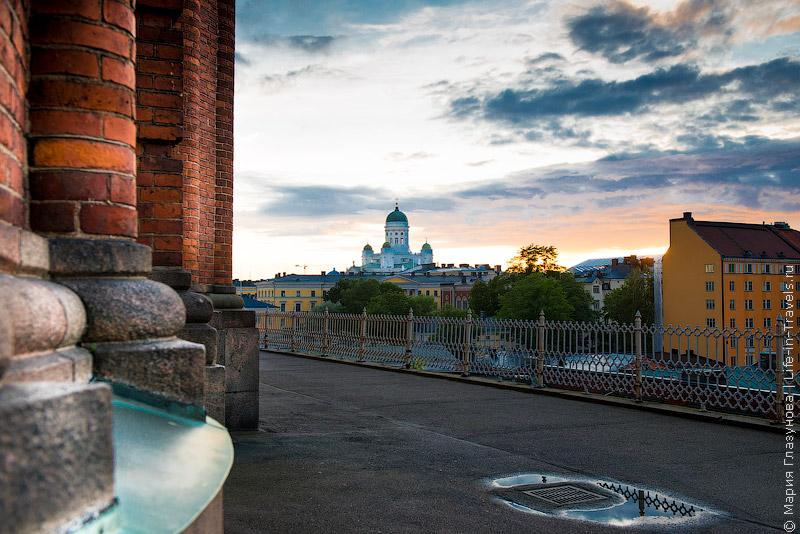 Закат у Успенского собора, вид на Кафедральный собор (Helsinki Cathedral)