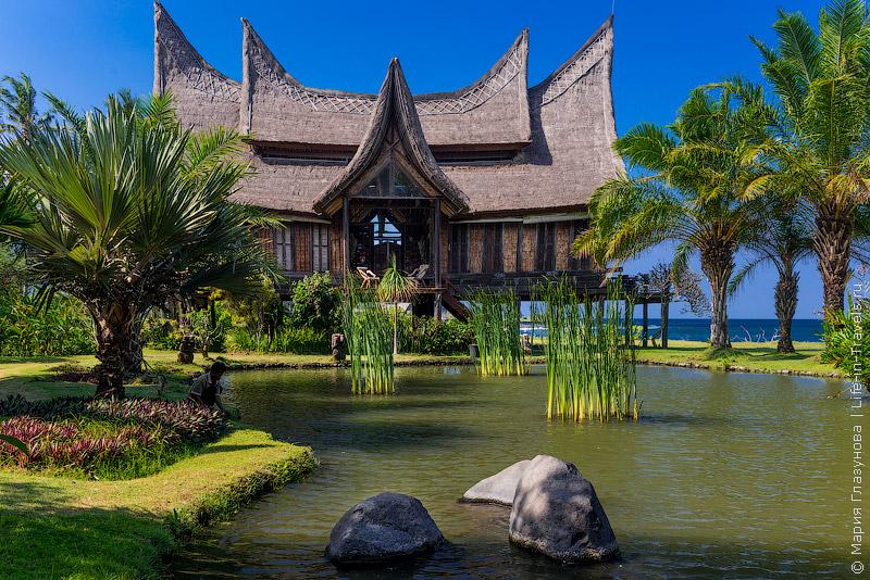 Бамбуковые хижины на Бали