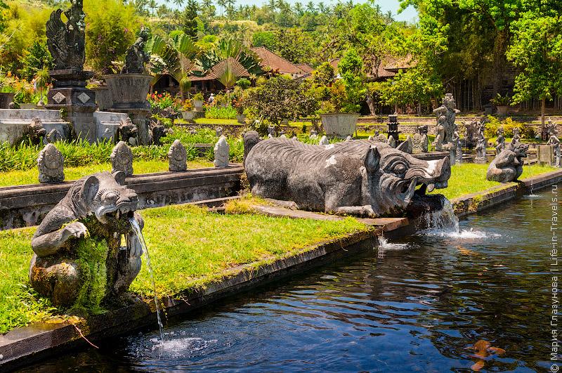 Водный дворец Тирта Ганга (Tirta Gangga)