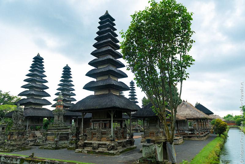 Храм Таман Аюн