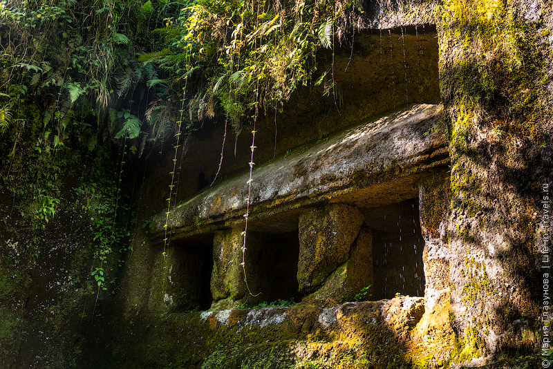 Королевские гробницы Гунунг Кави (Gunung Kawi)