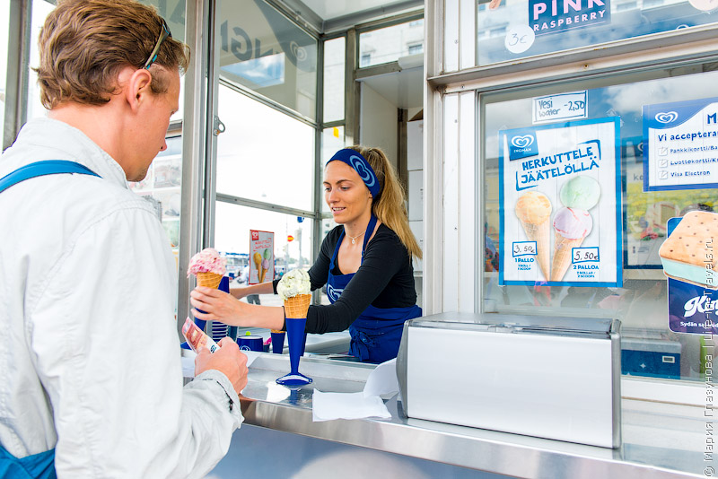 Покупаем мороженное :)