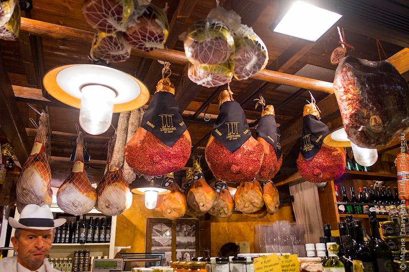 Итальянские окорока – прошутто
