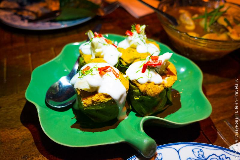 Restaurant Supanniga Eating Room (a member of Secret Retreats) – ресторан традиционной тайской кухни в Бангкоке
