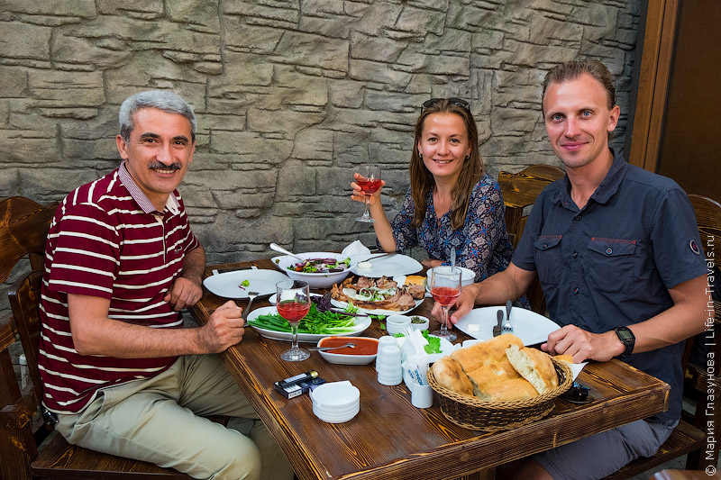 Кавказское гостеприимство!