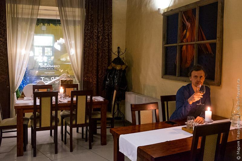 Spot – ресторан в сердце Старого города, Таллин