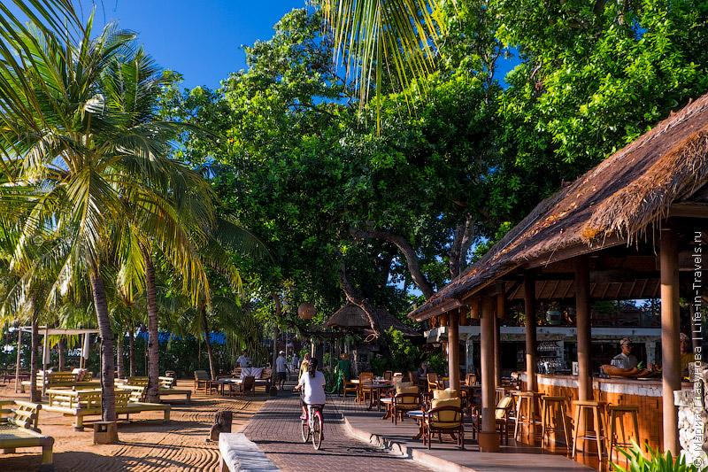 Bali Санур – популярный пляж и курорт на Бали