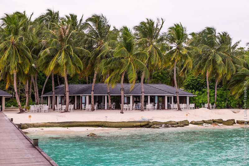 Sun Island Resort & SPA4* - один из самых крупных отелей на Мальдивах, отдых приватном острове