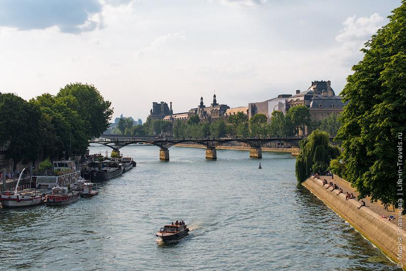 Hop-On Hop-Off автобусы и лодки в Париже