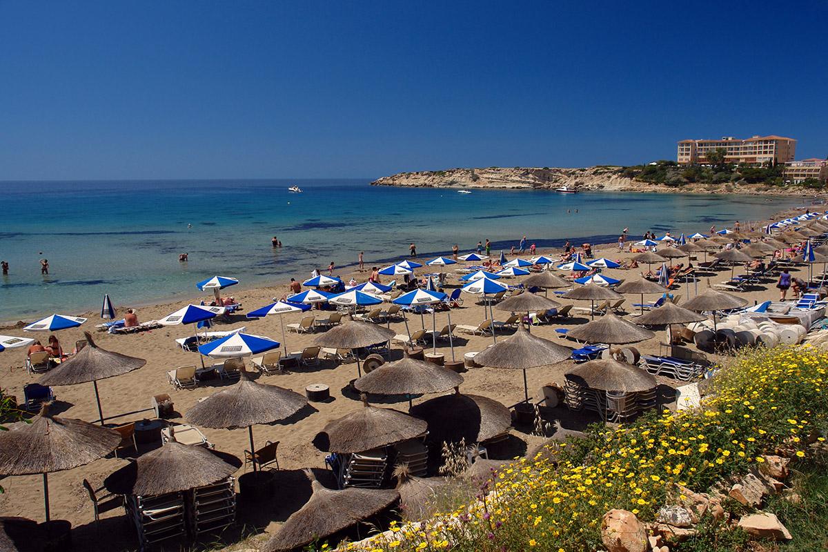 пляжи Кипра Лучшие пляжи Кипра – с белым песком, для тусовок, для отдыха с детьми  D0 9F D0 BB D1 8F D0 B6 D0 B8  D0 9A D0 B8 D0 BF D1 80 D0 B0 Coral Bay Beach