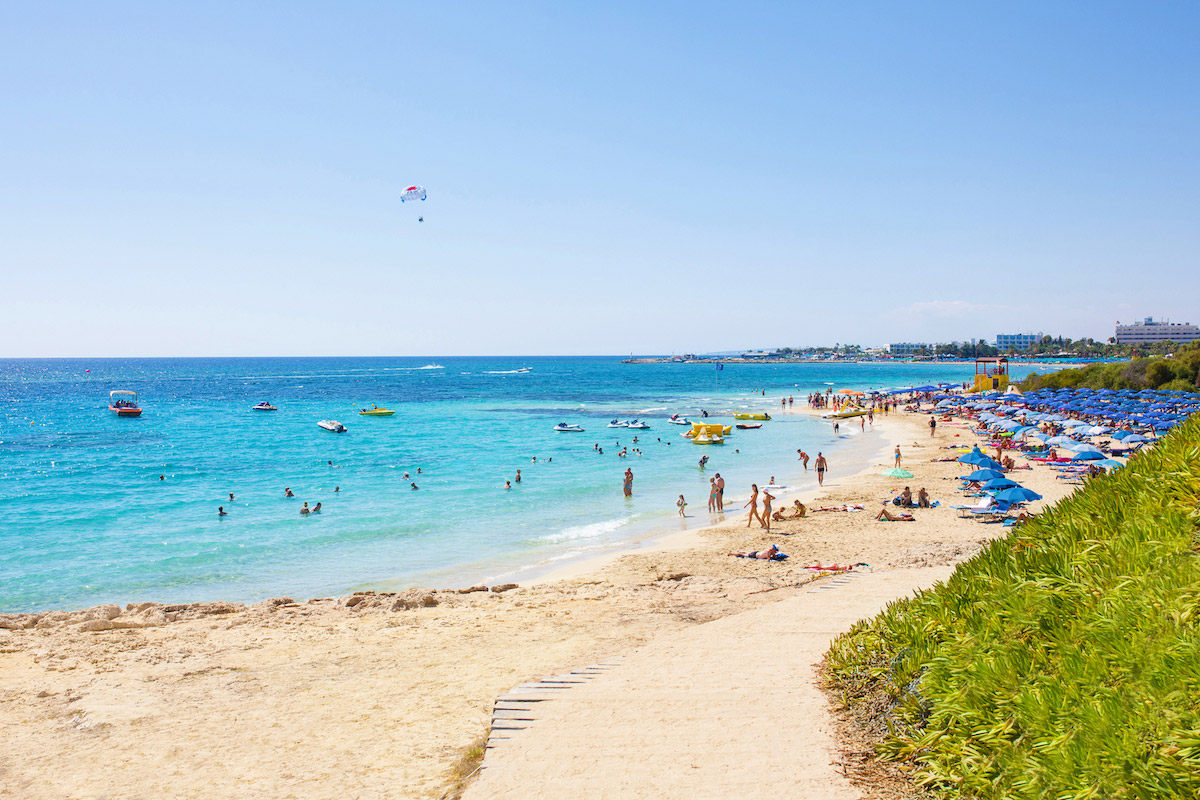 Agia Thekla Beach пляжи Кипра Лучшие пляжи Кипра – с белым песком, для тусовок, для отдыха с детьми  D0 9F D0 BB D1 8F D0 B6 D0 B8  D0 9A D0 B8 D0 BF D1 80 D0 B0 Agia Thekla Beach