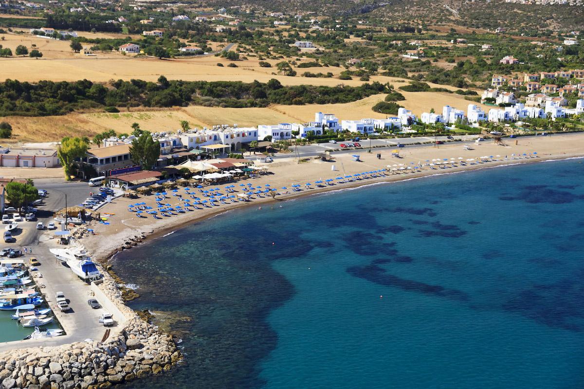пляжи Кипра: Latchi beach